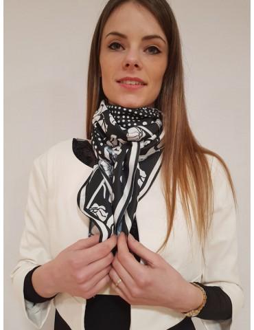 Fracomina foulard bianco e nero