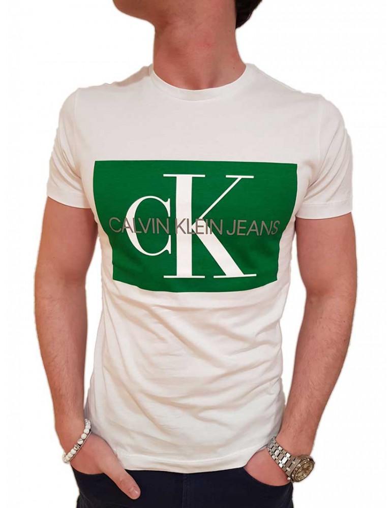 T shirt bianca Calvin Klein con logo verde j30j307843906 CALVIN KLEIN JEANS T SHIRT UOMO product_reduction_percent