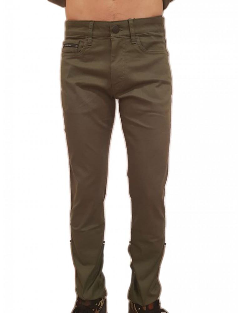 Pantalone verde slim Calvin Klein Gerst 2 j30j307032371 CALVIN KLEIN JEANS PANTALONI UOMO -50%